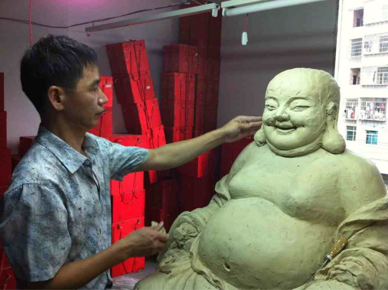 不同的表现手法使得弥勒佛的形象各异